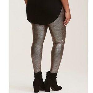 Torrid metallic shiny golden black speck leggings